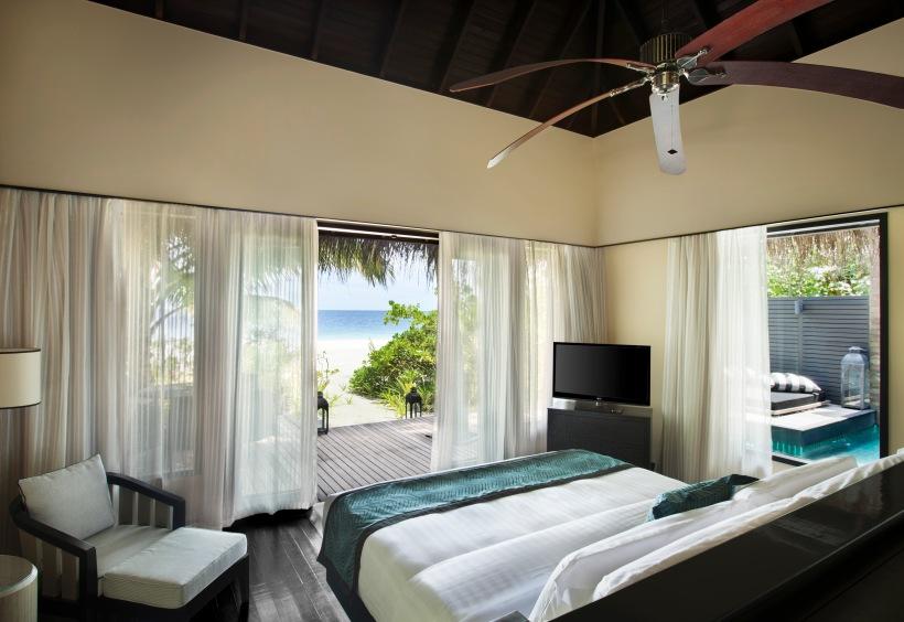 3_Outrigger Konotta MAldives_Beach Pool Villa