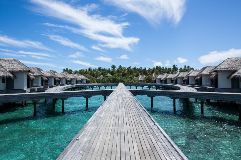 5_Outrigger Konotta Maldives_Ocean Pool Villa_Exterior2