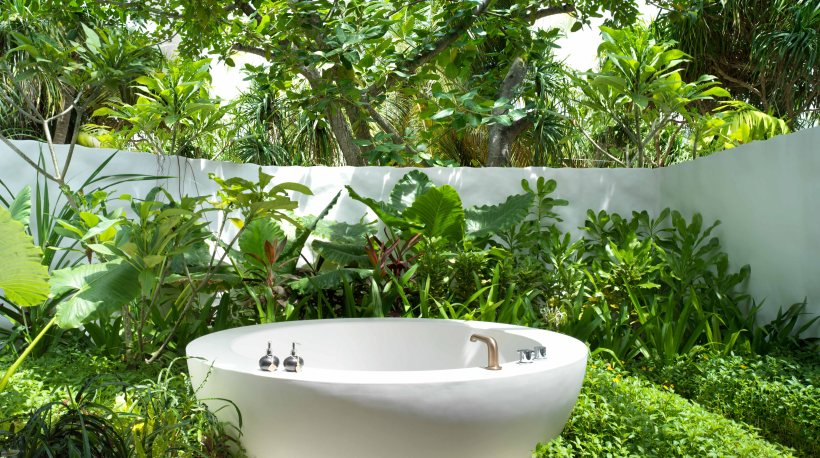 Beach Villa Premium Bathroom A_0002