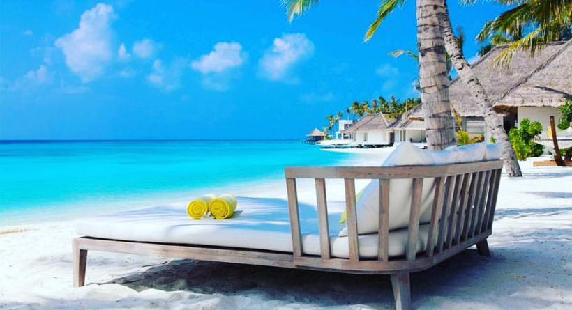 daybed beach