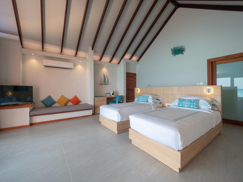 CarpeDiem_Twinbed-Water-Pool-villa-Bedroom res