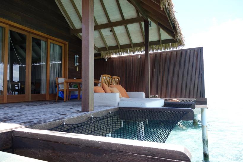 ocean-villa-suite_46773514024res_o